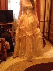 Продам выпускное платье,  сшитое по индивидуальному заказу
