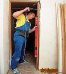 монтажники дверей